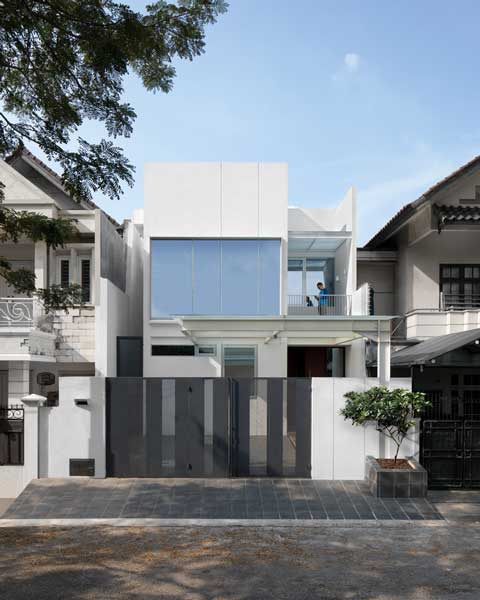 Tampak Depan Rumah 2 Lantai Modern Minimalis