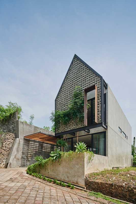 Desain Rumah Industrial Modern - Breeze Blocks House