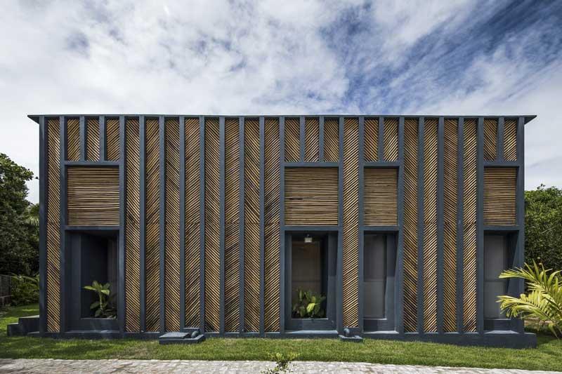 Tampak Tropical Bamboo House