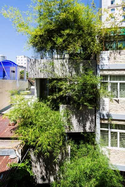 Rumah Bambu 3 Lantai