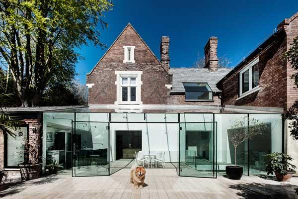 Desain Rumah Kaca Transparan