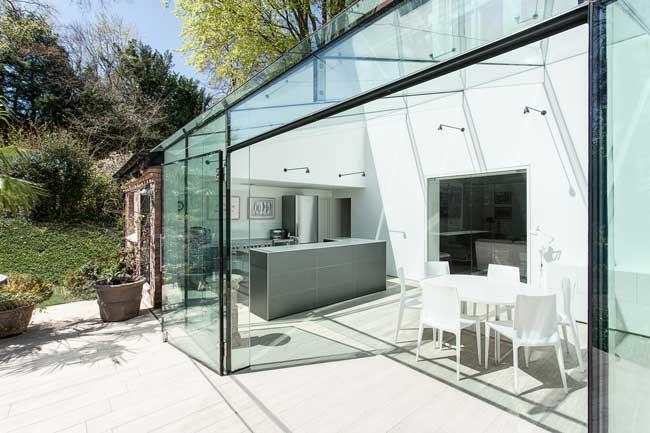eksterior rumah kaca transparan