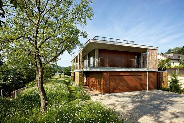 Rumah Bambu Kubus