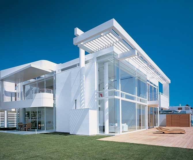 Desain Rumah Kaca Minimalis Stella Maris College