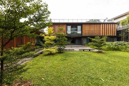Desain Rumah Mewah Klasik Tropical ET New Manila House