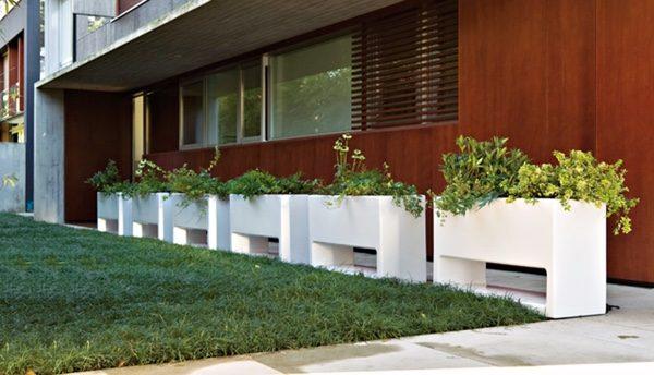 Rak tanaman outdoor