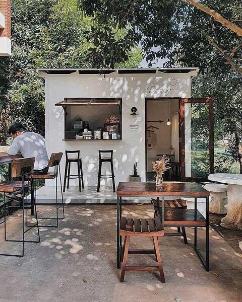 desain cafe outdoor terbuka