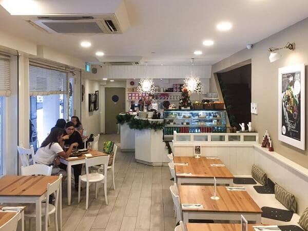 interior cafe ruko kekinian