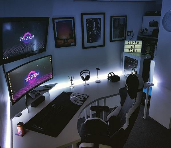 kamar gaming gelap