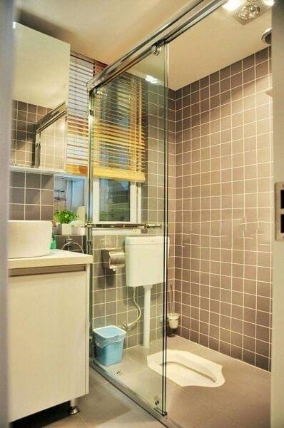kamar mandi kloset jongkok minimalis modern