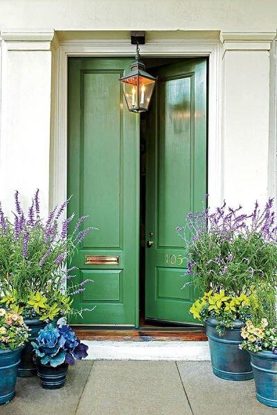 warna cat pintu hijau