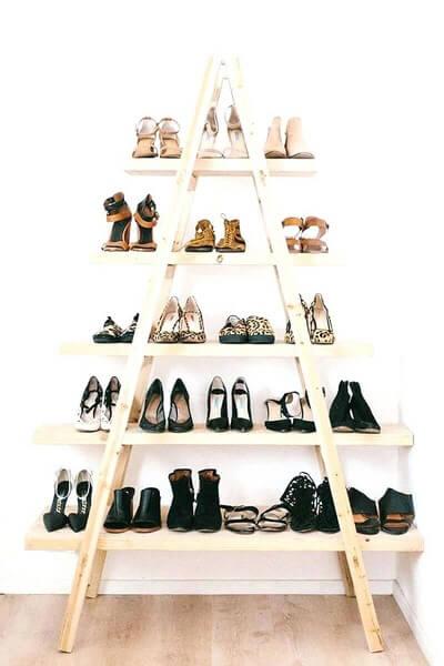 Model rak sepatu dengan bentuk A