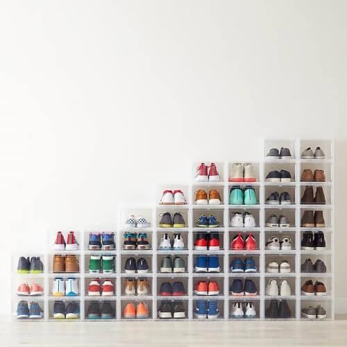 Penyimpanan sneakers yang tertata rapi
