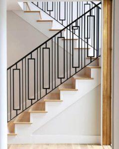 30+ model railing tangga minimalis dari besi stainless dan